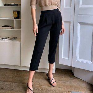 Aritzia Babaton Cohen size 4 Black Crepe Mid-Rise Cropped Pleated Dress Pants